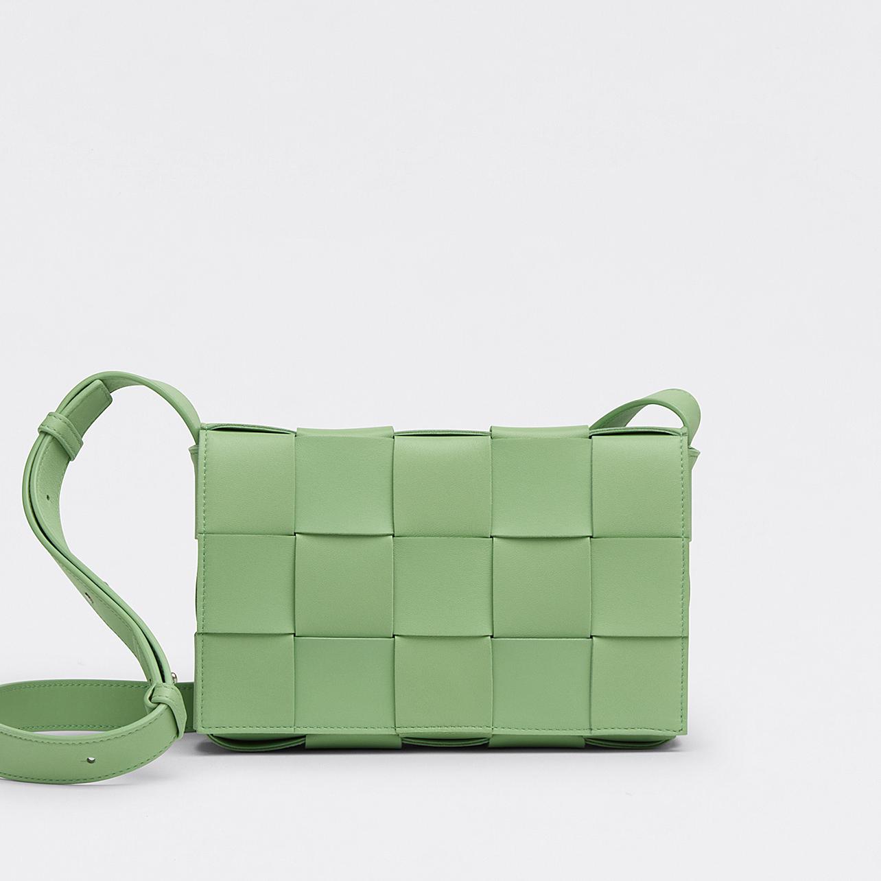Bottega Veneta Padded Cassette Shoulder Bag Nero in